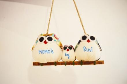Momo's By Ruvi NatnZin