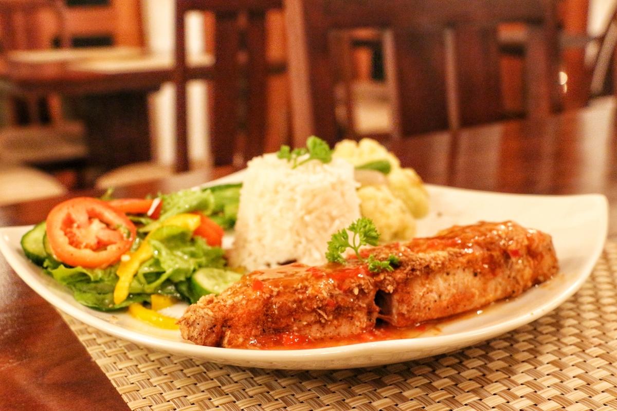 Dinner Weir House NatnZin