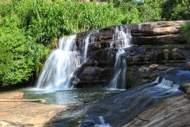 Ella NatnZin Ravana Falls