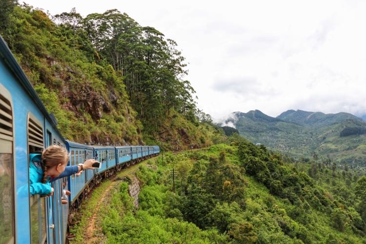Train Journey Sri Lanka