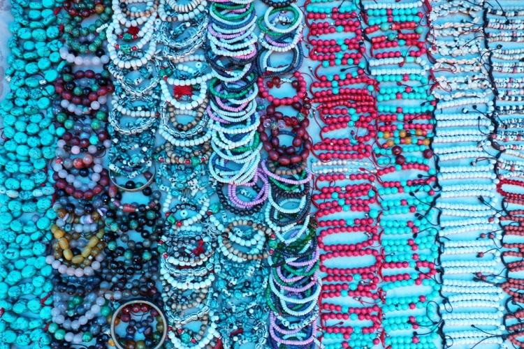 Shopping Dharamshala NatnZin